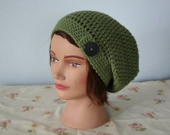 Green crochet slouchy hat with button