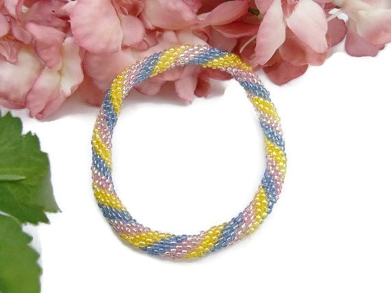 Crochet Bead Bangle Bracelet Pink Yellow Blue Spiral Rope