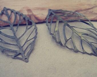 10pcs Antique bronze leaves  Pendant charm   32mmx54mm