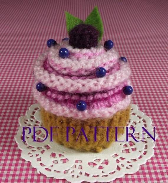Cupcake Knitting Pattern Easy : KNITTING PATTERN CUPCAKE knit crochet food Ornament Toy