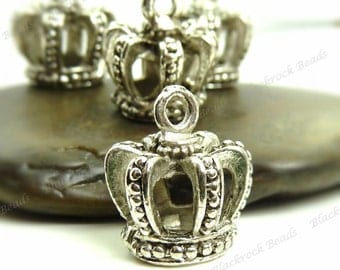 4 Crown Charms ( 3D) 14x12mm Antique Silver Tone Metal - 3 Dimensional and Very Detailed, Pendants - BA2