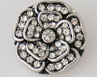 1 PC 18MM Flower White Rhinestone Silver Snap Candy Charm KB7552 Cc0097