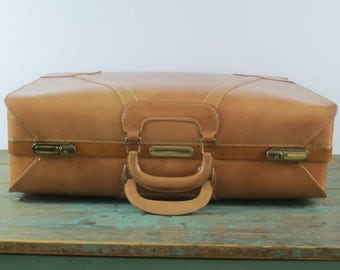 Vintage Town Luggage Inc.~  Riverside NJ ~ 7782 Palomino Two Suiter ~ with 2 keys