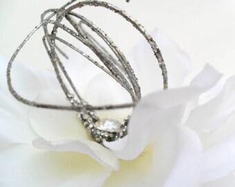 White Flower Hair Clip, Wedding Hairpiece