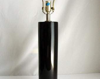 Glossy Black and Silver Vintage Table Lamp // 70s Modern Lighting