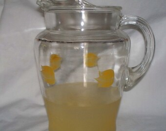 2 Quart Glass Pitcher with Yellow Tulips Vintage