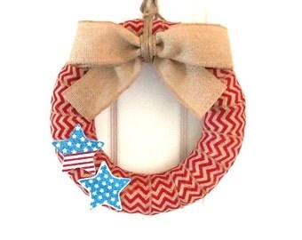 Chevron Burlap Wreath - Patriotic Wreath - Red/White/Blue Wreath - Red Chevron Burlap Wreath with Glittery Wooden Stars - Choose your size