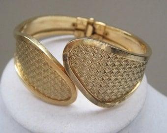 Vintage Jewelry Bracelet Gold Cuff Clamper Bracelet Adjustable Classic Timeless