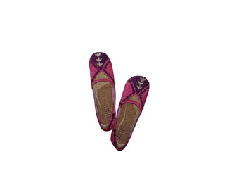 ID #7387 Pink and Purple Slip On Shoe Fashion Iron On Embroidered Patch Applique