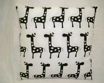 Giraffe Pillow, Cream Pillow, Black Pillow, Zoo Animal Pillow, Africa Pillow, Giraffe Cushion, Kids Room Decor, Teens Room Decor, Den Decor