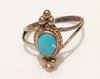Sterling Silver & Turquoise Native American Ring