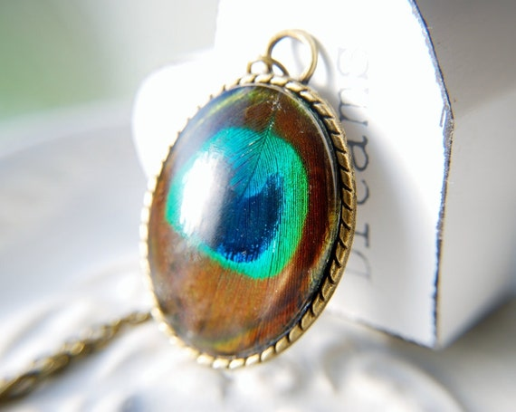 Real Peacock Feather Necklace Green Blue Turquoise Brown Iridescent Glass Pendant Vintage Style