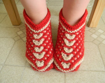Knitting pattern PDF Seamless Slip-Stitch Slippers for Kids, size 2T-4T, knit flat slippers, house shoes, booties, socks, Siberian slippers
