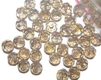 20 beads - 8mm Faceted Round Beads (008)