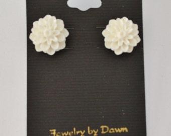 off white flower earrings