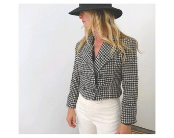 CARVEN  PARIS cropped  wool  JACKET   black and white small