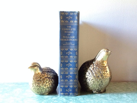 pair of vintage mid century brass quail figures. retro home decor. bird bookends.