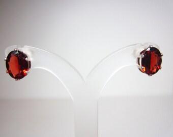 Vermelho Garnet Earrings