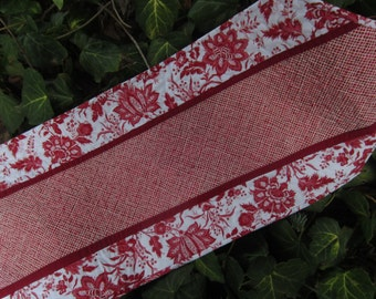 Red and white floral quilted table runner.  Spring quilted table runner. Mother's Day gift