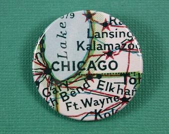 Pinback Button, Chicago, USA, Ø 1.5 Inch Badge, Atlas, Travel, vintage, fun, typography, whimsical