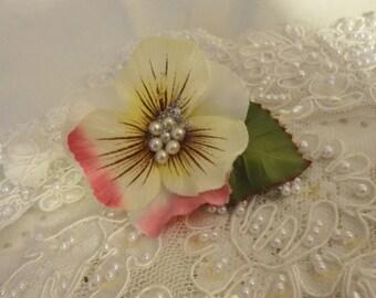 Mori Girl Flower Ring, Shabby Chic Jewelry, Fairy Ring, Flower Ring, Wedding Jewelry, Glitter Ring, Bertha Louise Designs