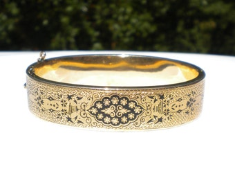 14K Yellow Gold Black Enamel Bracelet B118