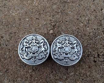 "1"" Honor crest plugs"