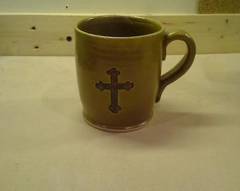 Stoneware mug with Celtic Cross