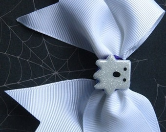 Ghost Hairbow-girls accesories-Halloween hairbows-Boo ghost hairclip-gothic hairbow-Cute Ghost clip