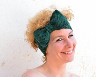 Crochet bow headband, Emerald green crochet ear warmer, oversized bow, winter accessory