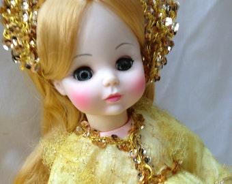 "Madame Alexander / Sleeping Beauty 14"" / Original Box / Blond Doll"