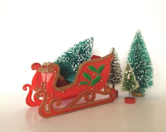 Vintage Christmas Sleigh, Home Decor, Folding, Made in Hong Kong, Plastic, Red and Gold
