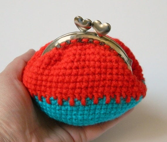 ... crochet coin purse, kiss clasp coin purse, red coin purse, blue coin