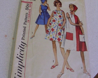 Simplicity 5300 14 - 16 Miss Medium Free Flow Dress Pattern and Scarf  Pattern 1960's early