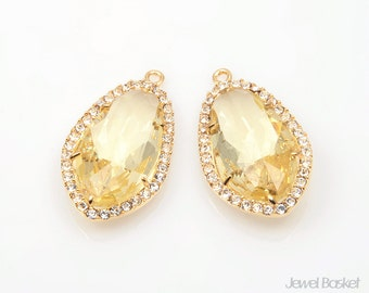 Jonquil Glass and Cubic Zirconia Framed Pendant in Gold - 2pcs Jonquil Jewelry Pendant / 14.5mm x 25.5mm / SJQG052-P