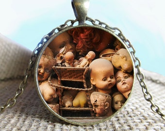 Creepy Halloween Doll Heads Pendant Necklace Jewelry, Voodoo Doll, Voodoo Necklace, Jewelry, Glass Pendant, Photo Jewelry, Photo Gift