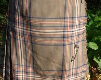 Vintage Kilt Plaid Skirt Scottish Tartan Pleated Mini Kilt Made by Surrey Classics of Canada Size 4 1980s