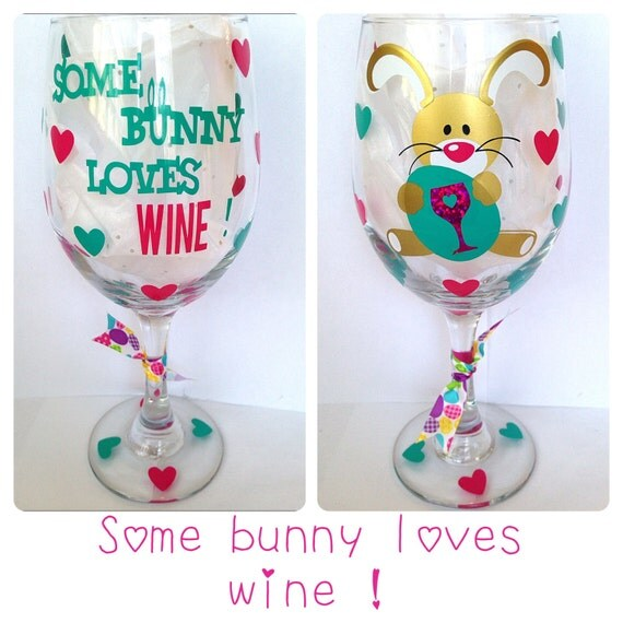 items similar to easter wine glass some bunny loves wine can be personalized on etsy. Black Bedroom Furniture Sets. Home Design Ideas