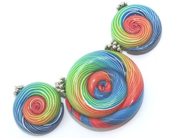 Ombre beads for Jewelry making, Polymer Clay colorful beads with unique stripes, elegant gradient spiral beads in rainbow colors, set of 3