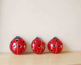 Ceramic ladybug sculpture, red black ladybug wall hanging, spring decor ladybug of earhtenware clay, ladybug paper weight/ art object