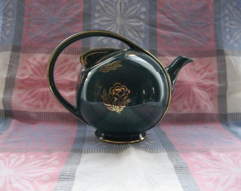 Hall Green Airflow Deco Teapot with Gold Flower Trim