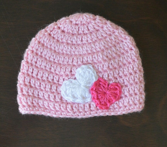 Items similar to Crochet Valentines Pink Heart Applique ...