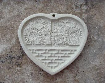 1994 Pampered Chef Sunflower Basket Mold