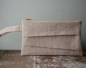 Tiered Clutch in a Linen Cotton Blend Perfect for Spring || Rustic Bridesmaid Wristlet || Valentine's Day