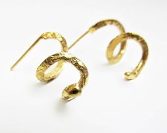 Swirling precious metal, gold earrings, 14K solid gold earrings., handmade.