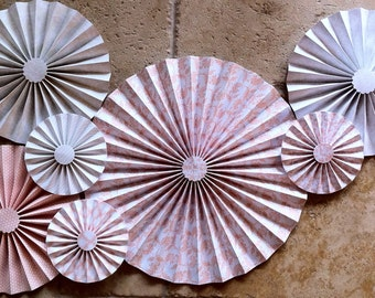 """Set of 7 Large 17""""/ 11""""/ 6"""" DIY Paper Rosettes/Fans - Peaches and Cream"""