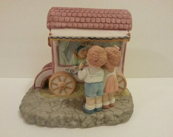 1986 Willitts Designs - Fraser Collection #6277 Wagon - has a chip on the corner of the roof eave