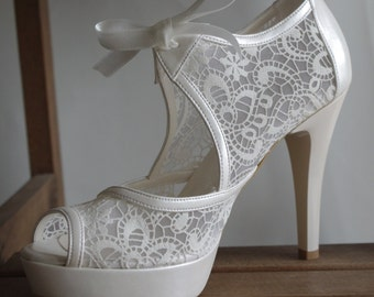 Handmade lace ivory wedding shoe #8473