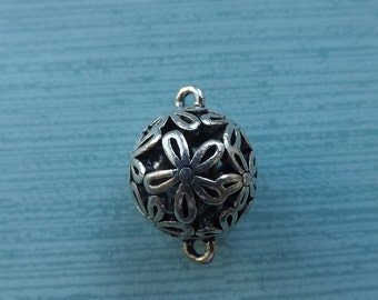 Silver filigree connector bead