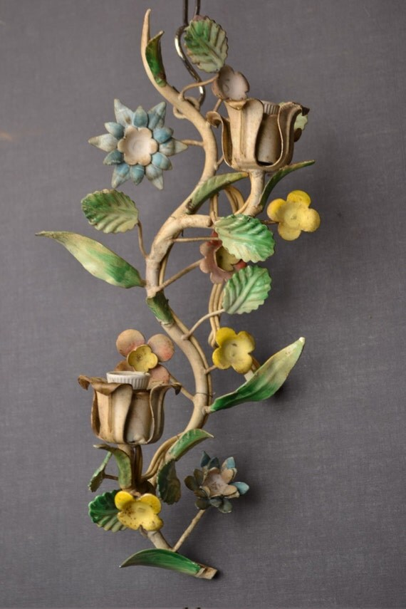 Beautiful Italian tole Flower sconce.